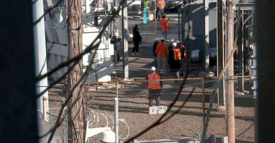 Amtrak worker killed while working on electrical line in New York