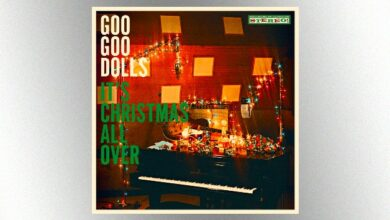 "Photo of Goo Goo Dolls want their new Christmas album to ""make people forget about all the crazy stuff that's going on"""